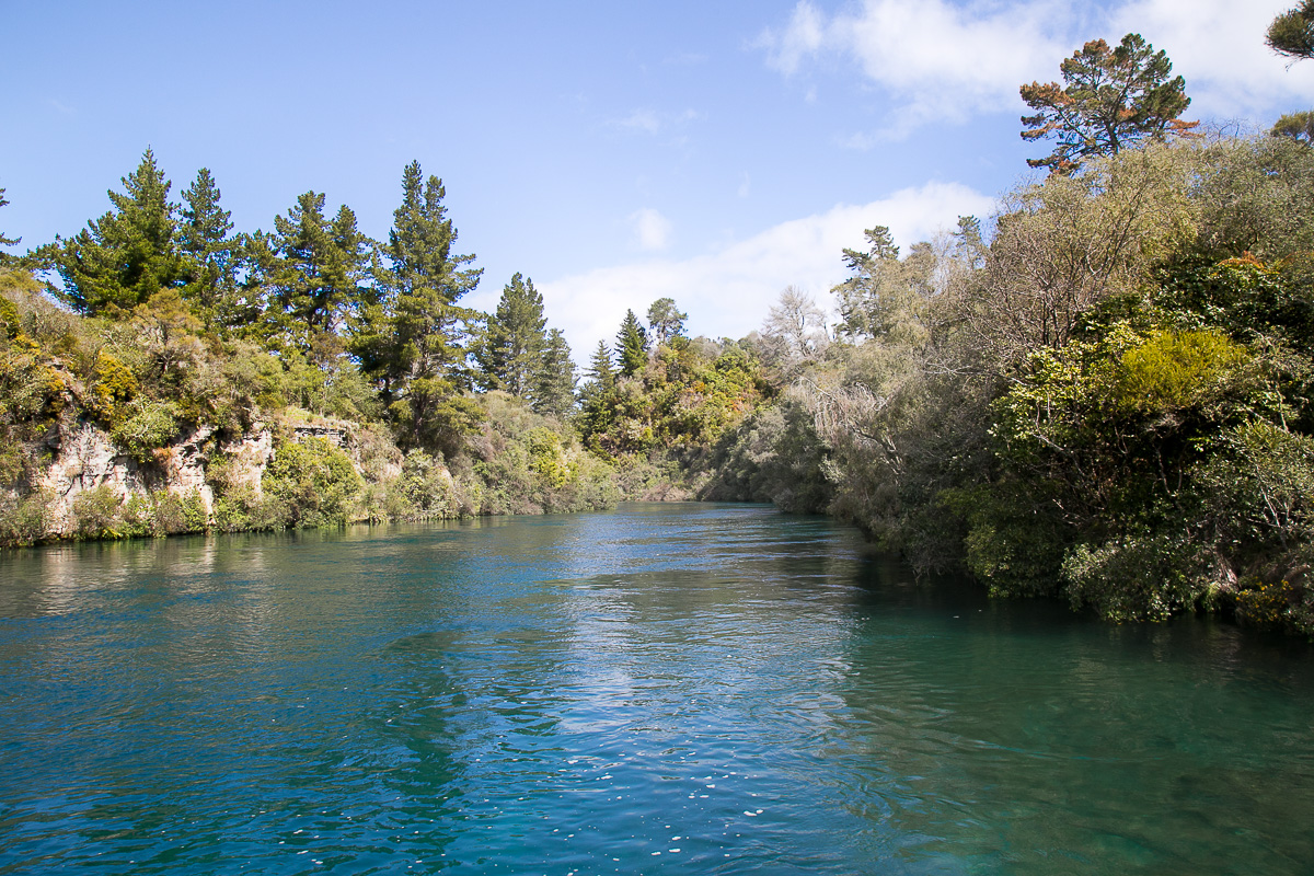 HUKA FALLS NEW ZEALAND WITH KIDS