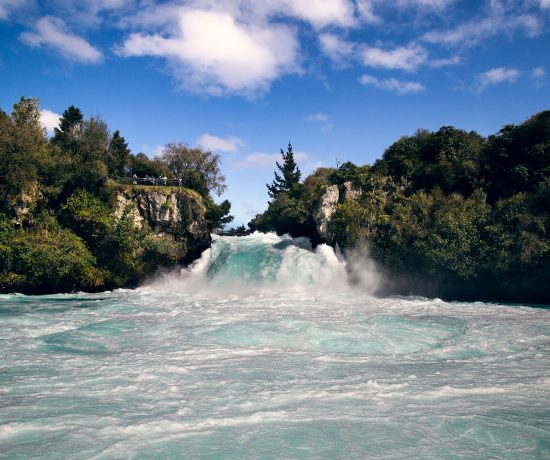 HUKA FALLShuka falls river cruise