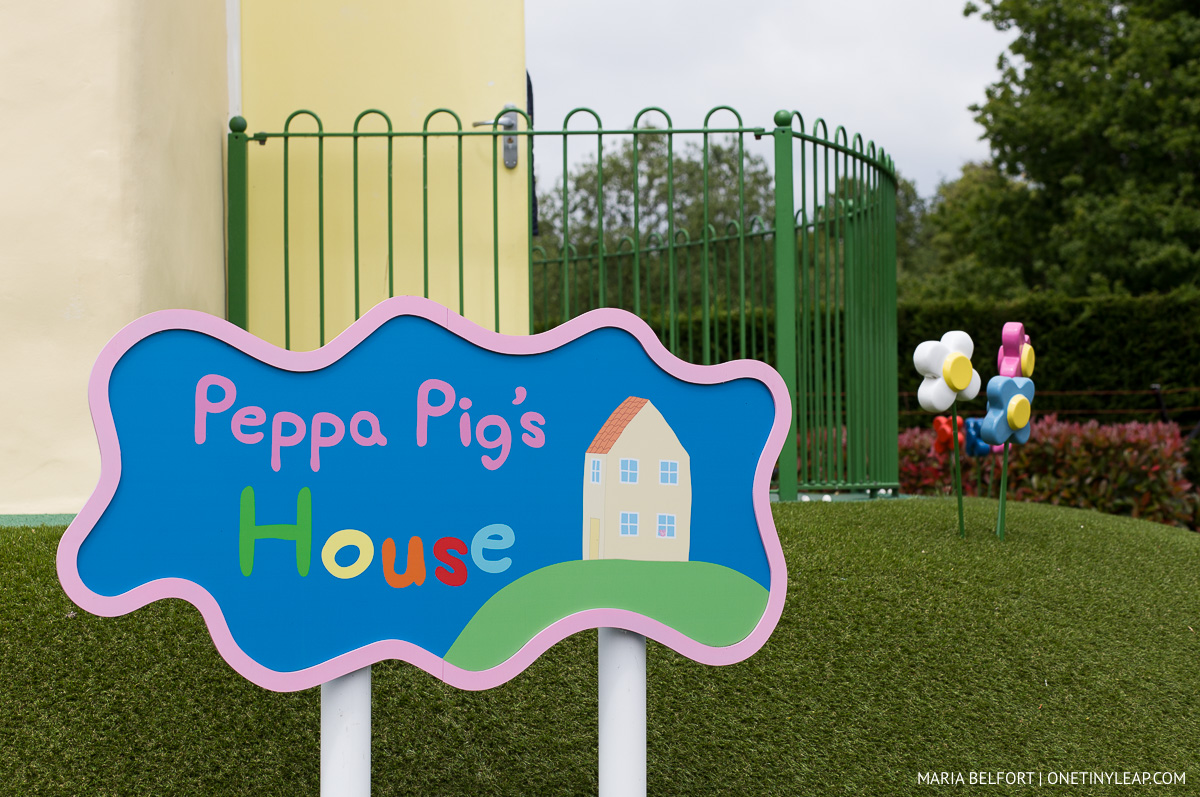 Peppa Pig's World and Paulton's Theme Park Review