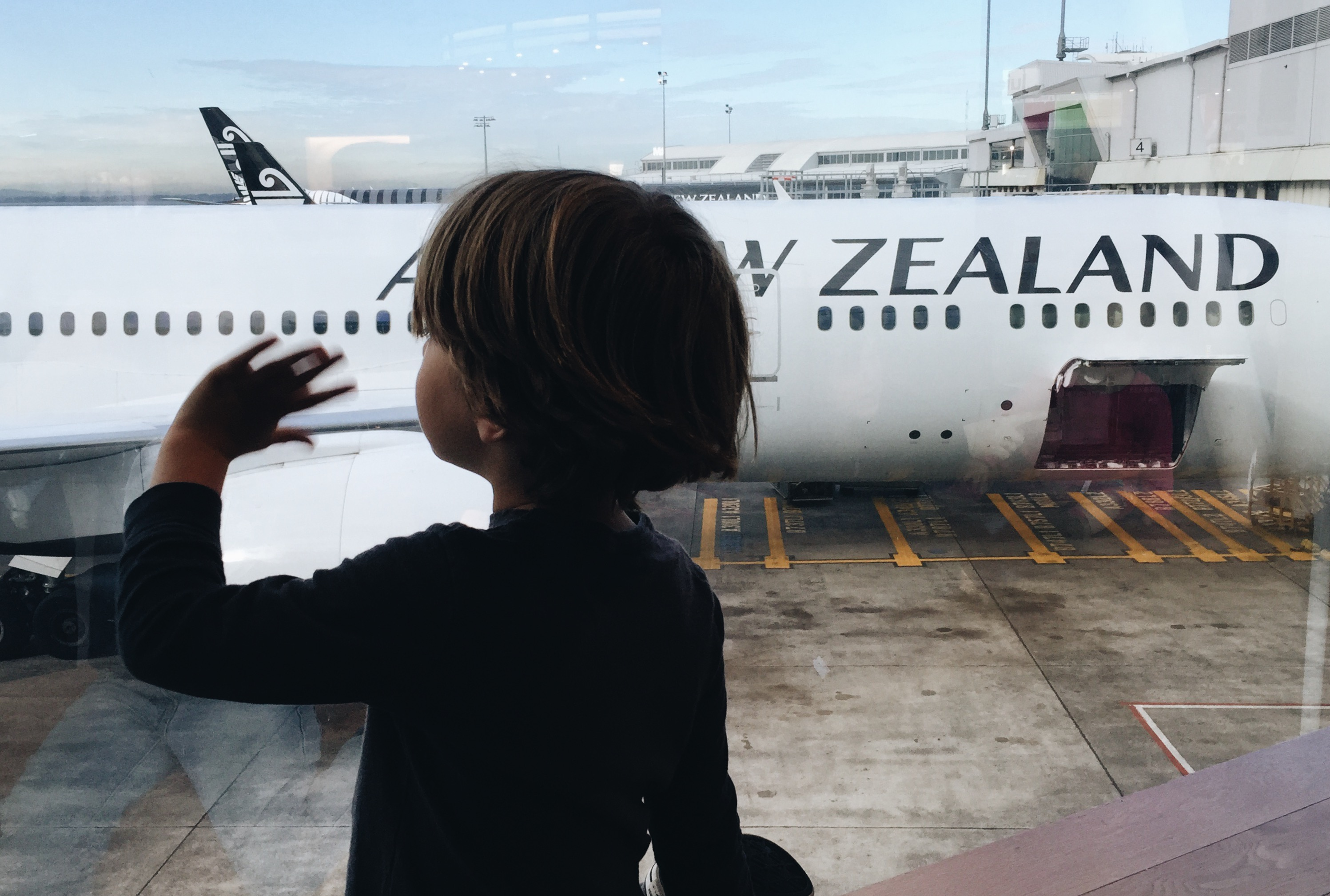 TOP TIPS FOR FLYING WITH BABIES, TODDLERS AND KIDS | Family Travel Blog