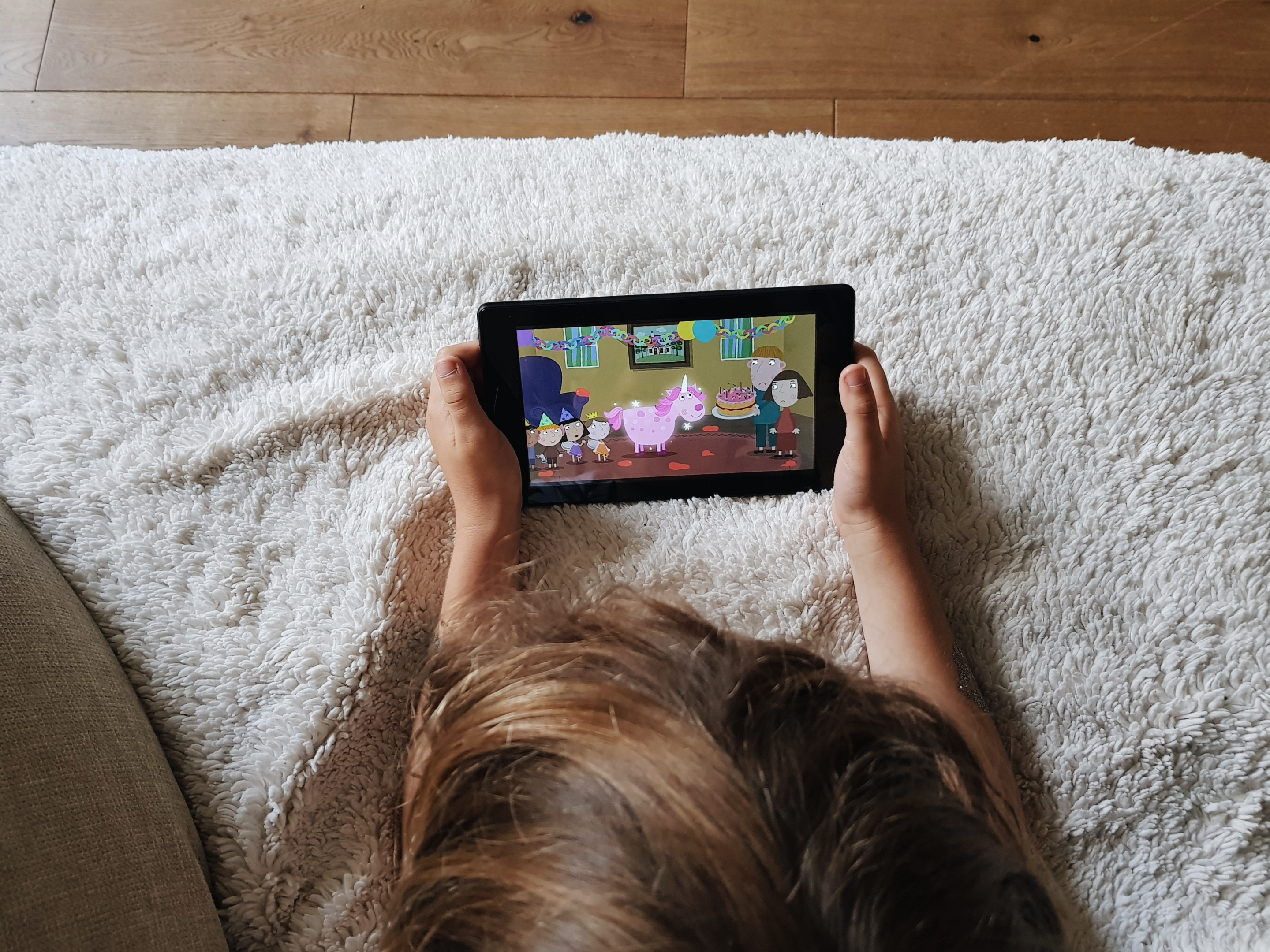Amazon Fire 7 Tablet Review | Family Travel Tablet
